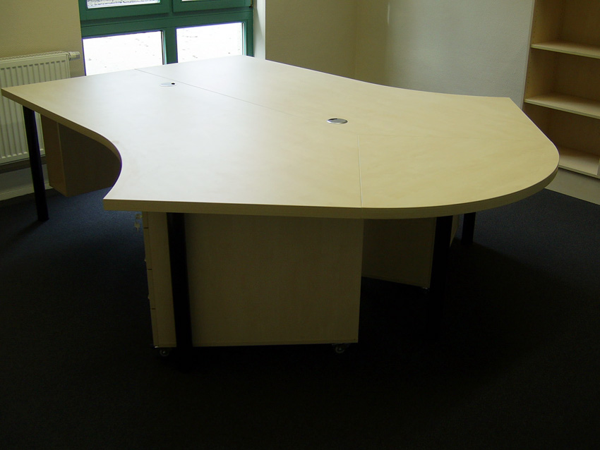 Büroschreibtische vom Tischler Goer